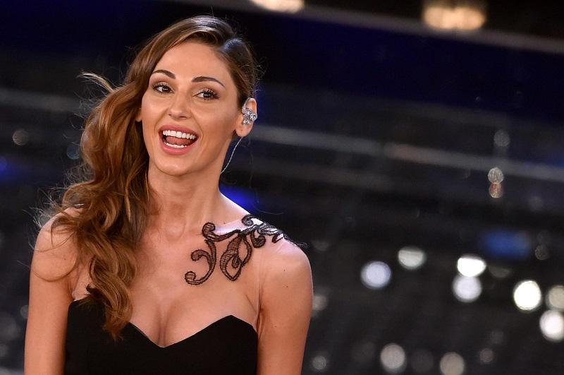 Sabato a Pianello il concerto di Anna Tatangelo il 7 settembre 2017 Entrano nel vivo i festeggiamenti di Maria Santissima della Catena