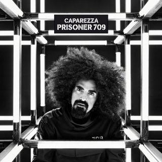 """CAPAREZZA """"TI FA STARE BENE"""" il nuovo singolo"""